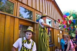 Stelzenläufer zum Inselzoofest 2015 (Foto: der uNi)